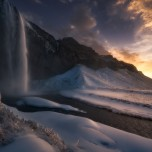 seljalandsfoss-in-winter-1024x684